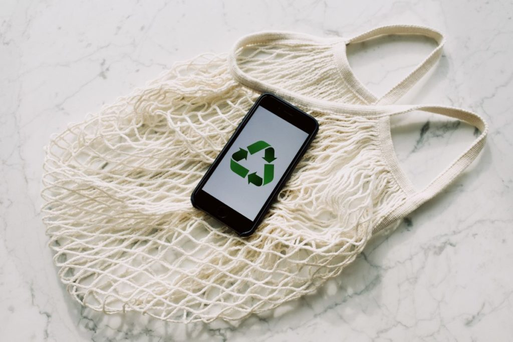 recycle logo phone and net